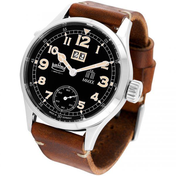 Askania Armbanduhr Quadriga 2020 schräg von vorne